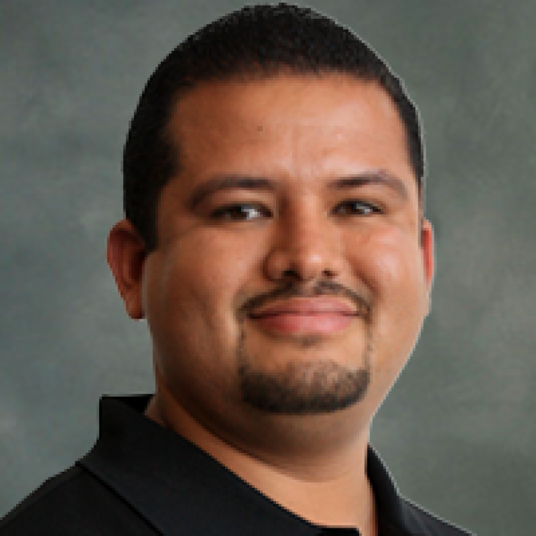 Picture of Alan Aguirre